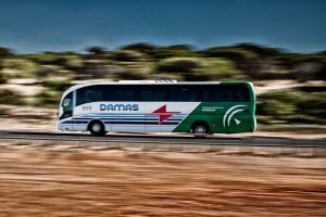 autocar en ruta